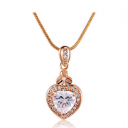 MOLIAM Brand Fashion Jewelry Crystal Necklace Lovely Heart Pendant Gold Chain Necklaces